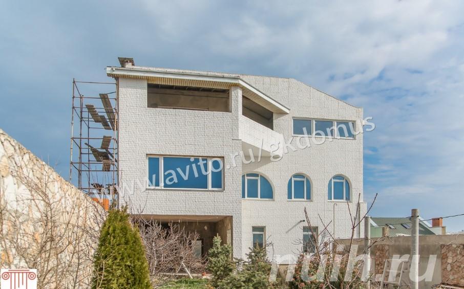 Продаю  дом , 1271 кв.м , кирпичный, Симферополь