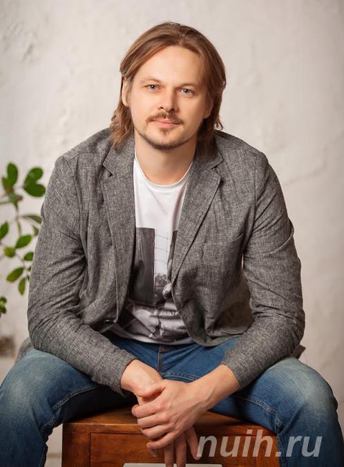 Пластический хирург Иванов Павел,