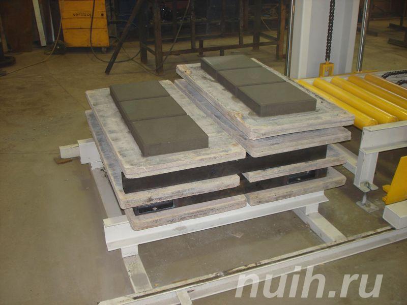 Стационарный вибропресс по производству блоков SUMAB Е-400,  Тюмень